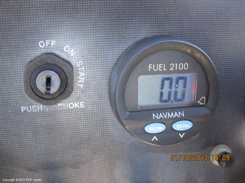 1997 Wellcraft 220 Coastal Walkaround - Photo #30