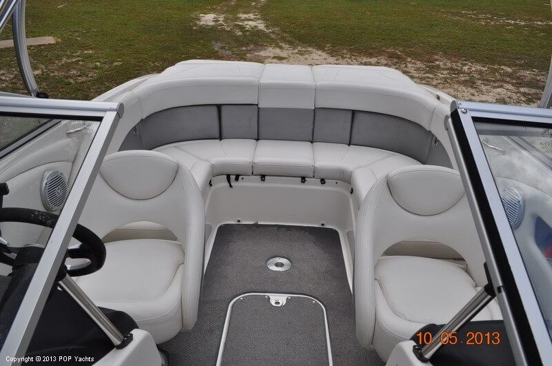 2009 Bayliner 225 Flight Series - Photo #11
