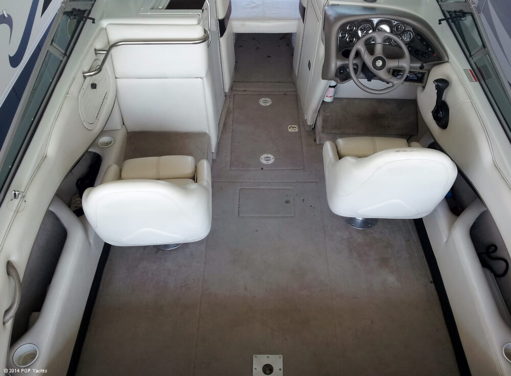 2001 Crownline 266 BR - Photo #10