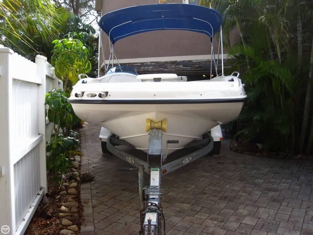 2006 Bayliner 197 Deck Boat - Photo #14