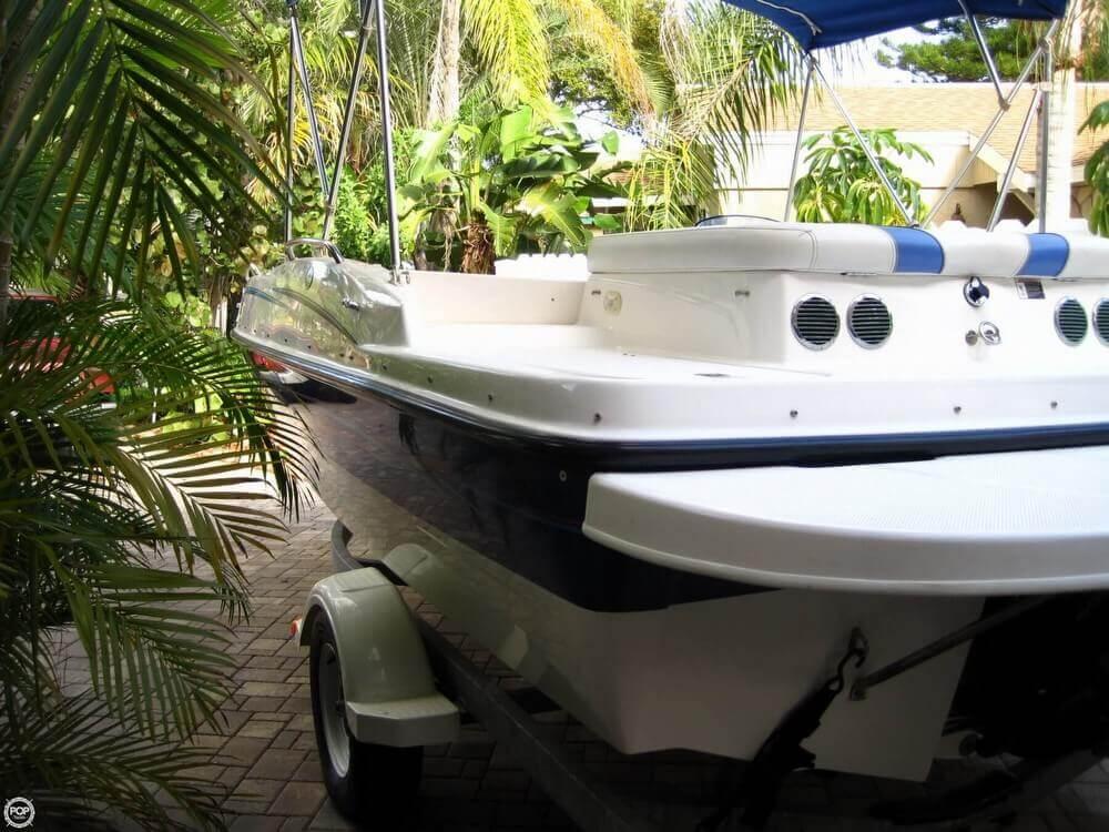 2006 Bayliner 197 Deck Boat - Photo #19