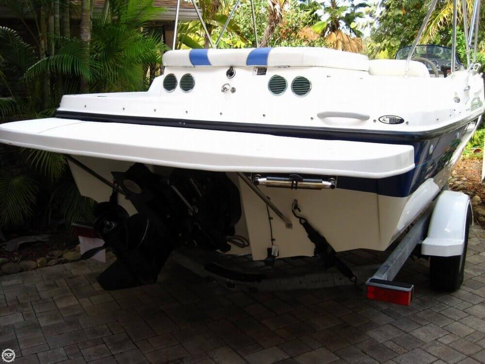 2006 Bayliner 197 Deck Boat - Photo #21