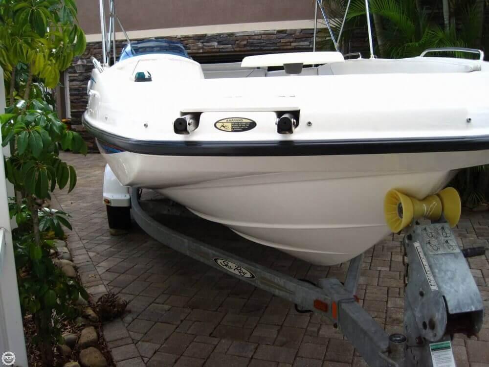 2006 Bayliner 197 Deck Boat - Photo #25