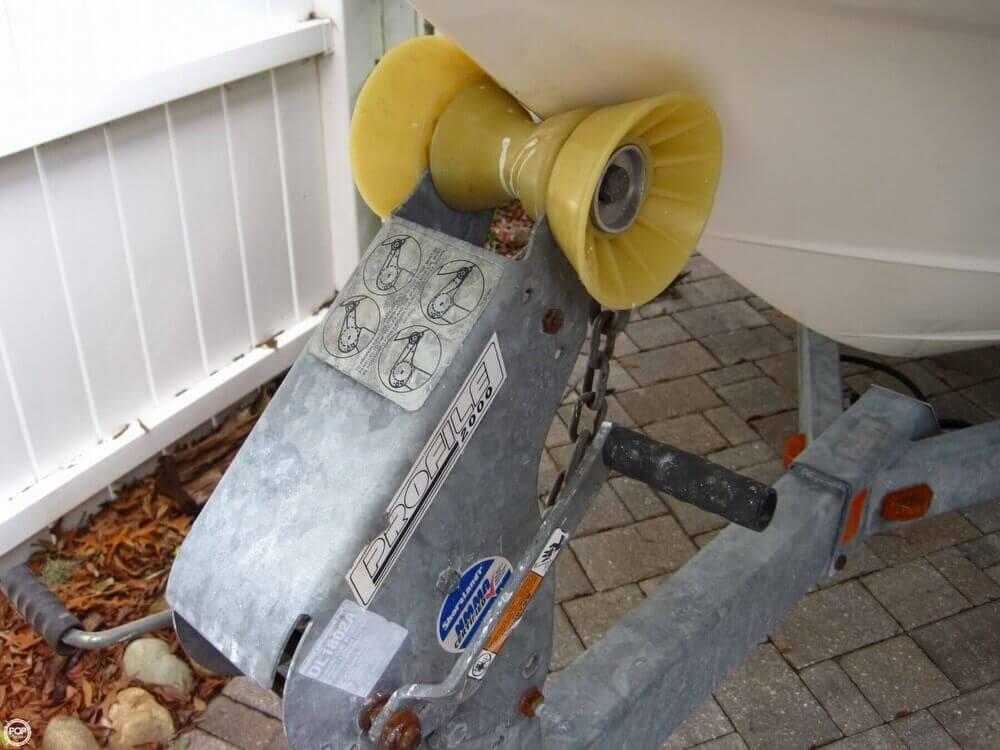 2006 Bayliner 197 Deck Boat - Photo #31