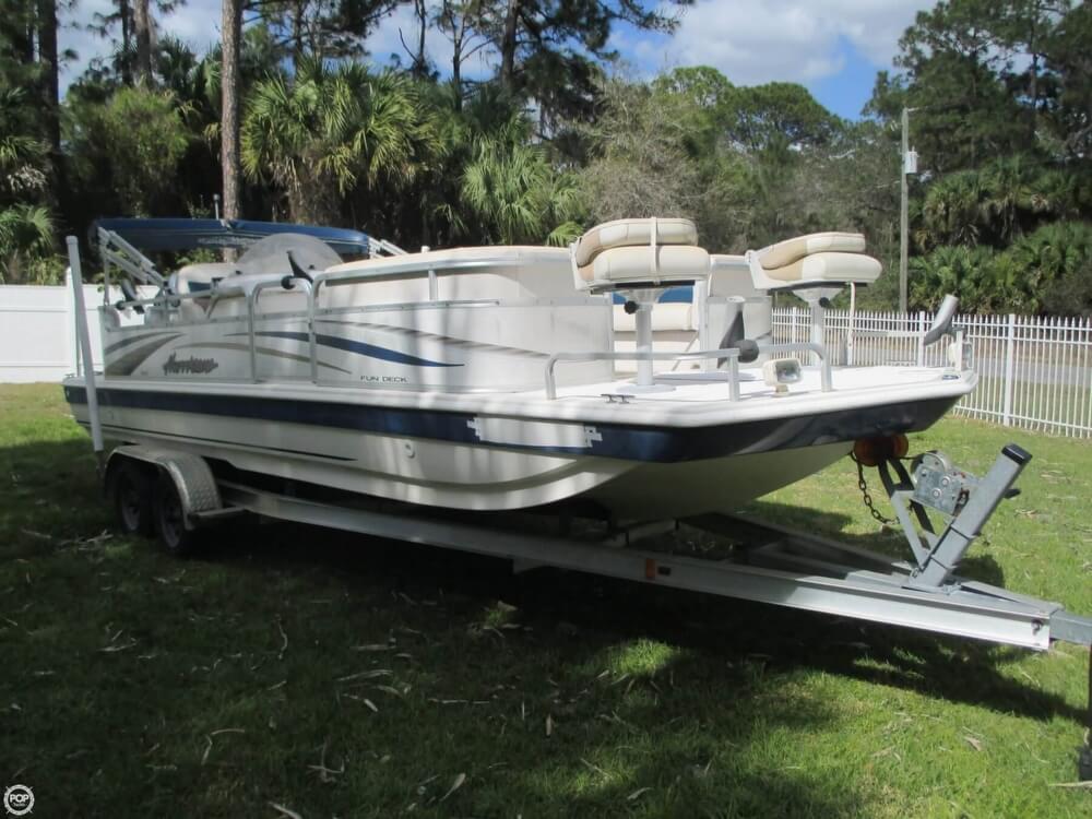 2006 Hurricane 226RE Fun Deck Fishing - Photo #15