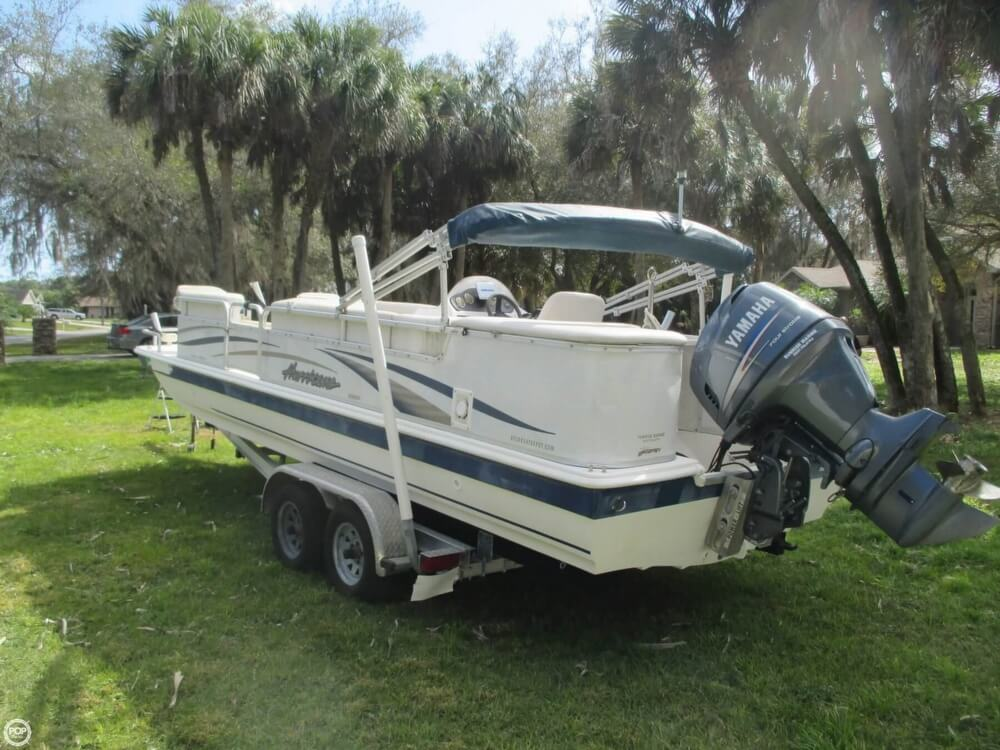 2006 Hurricane 226RE Fun Deck Fishing - Photo #17