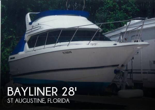 2000 Bayliner Ciera 2858 Command Bridge - Photo #1