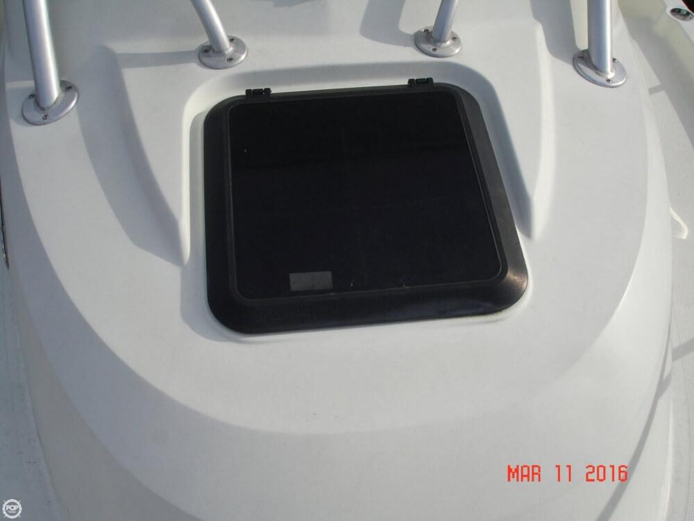 2006 Sailfish 218 WAC - Walk Around Cuddy - Photo #31