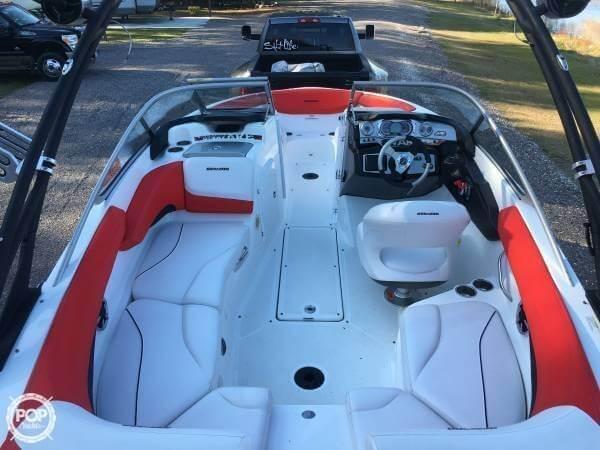 2011 Sea-Doo 210 Wake - Photo #4