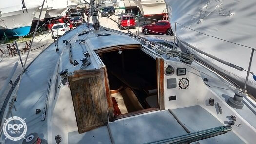1979 J Boats 30 - Photo #6