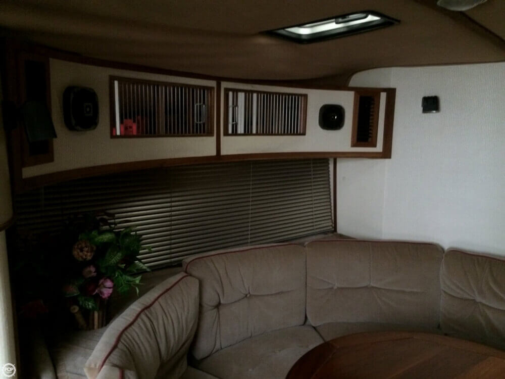 1987 Regal Commodor 360XL - Photo #31