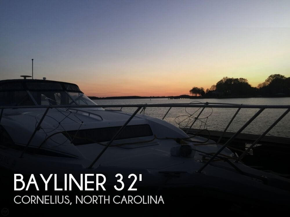 1998 Bayliner 32 - Photo #1