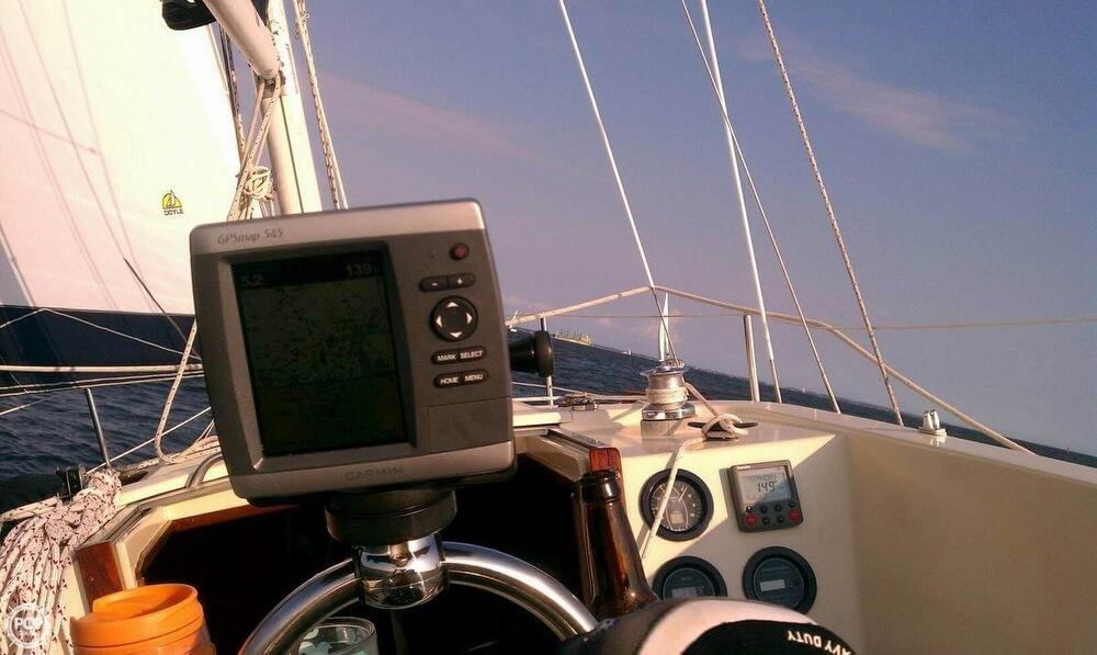 1982 S2 Yachts 30 - Photo #6