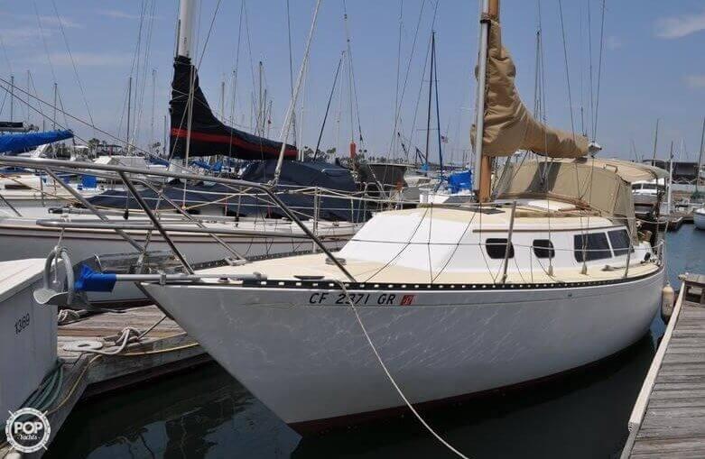 1979 Islander Yachts 30 - Photo #1