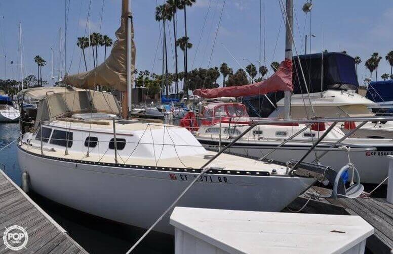 1979 Islander Yachts 30 - Photo #2