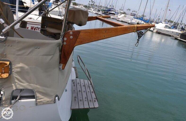 1979 Islander Yachts 30 - Photo #8
