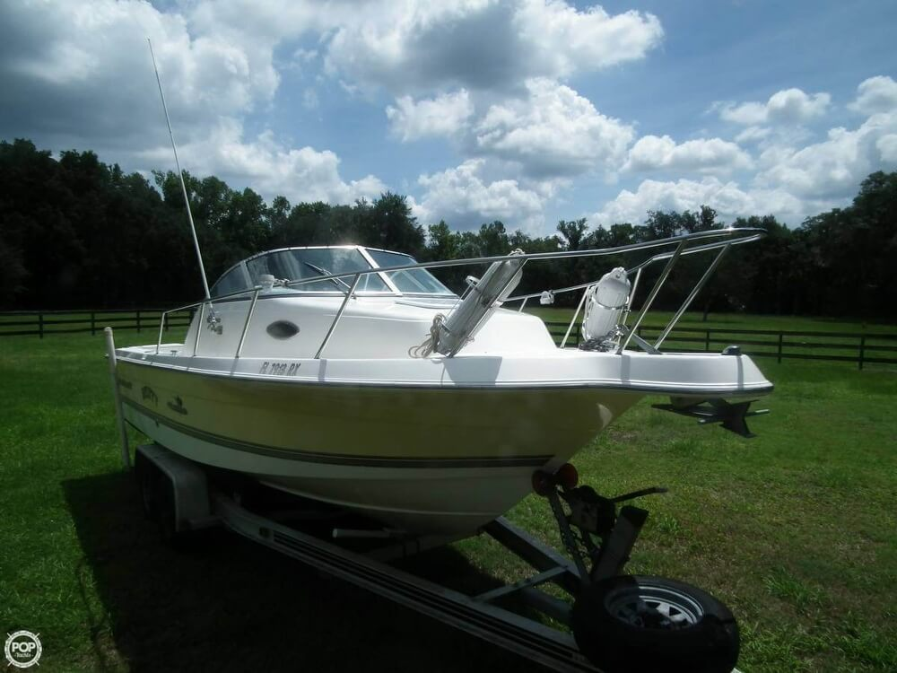2004 Wellcraft 22 - Photo #2