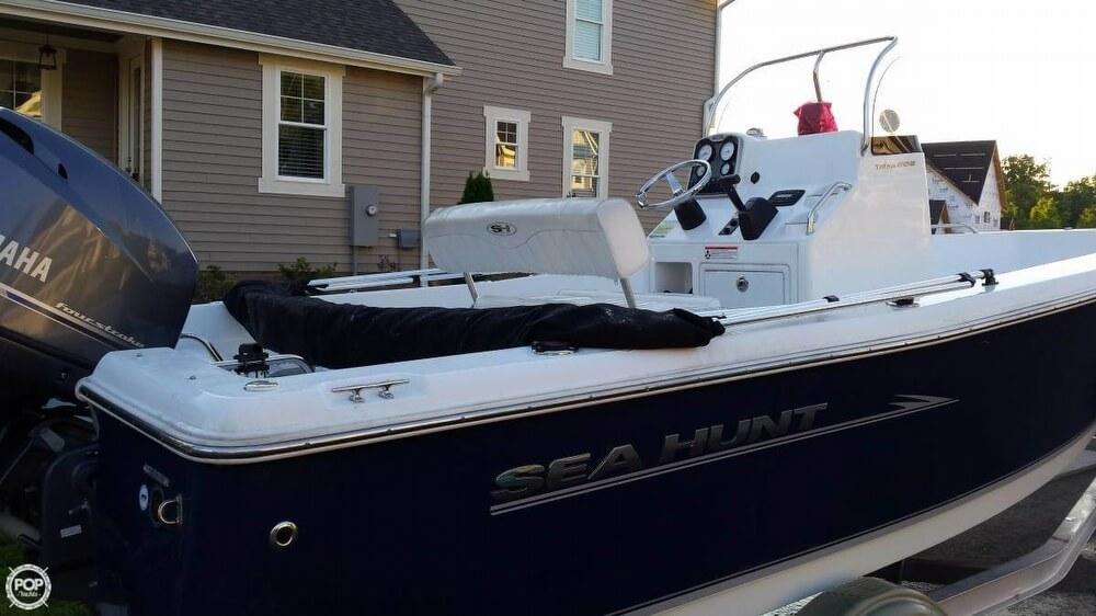 2013 Sea Hunt 20 - Photo #2