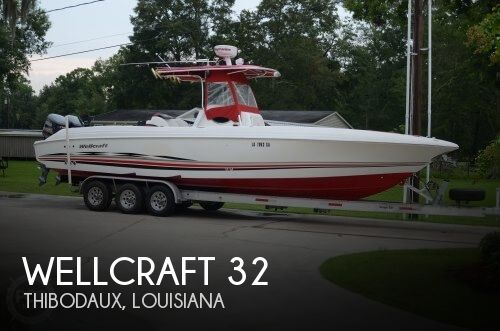 2001 Wellcraft 32 - Photo #1