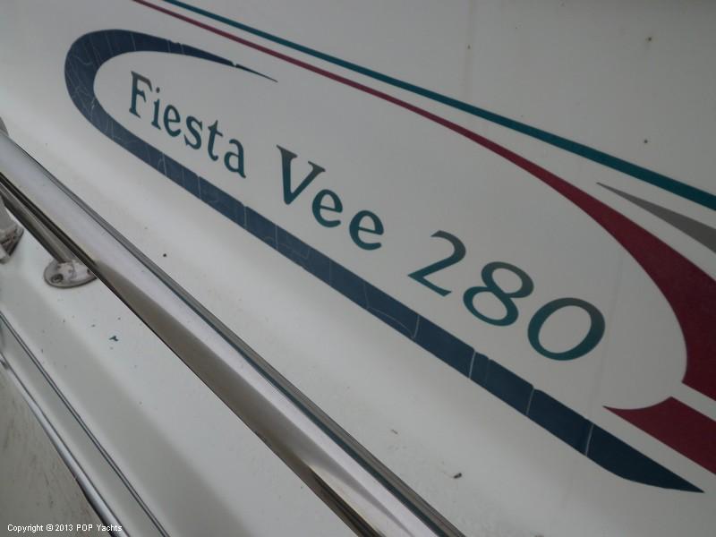 1994 Rinker 280 Fiesta Vee - Photo #16