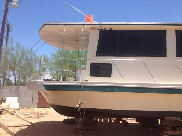 1980 Carl Craft 57 House Boat - Photo #5