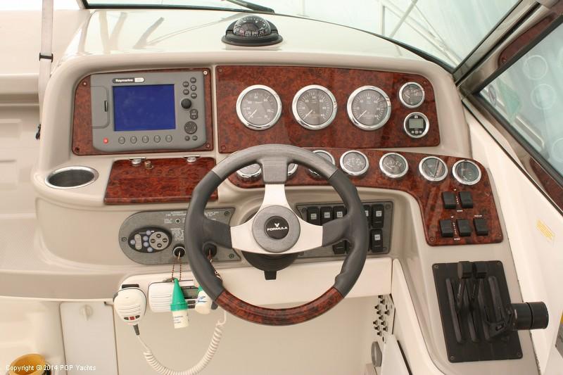 2003 Formula 330 SS - Photo #6