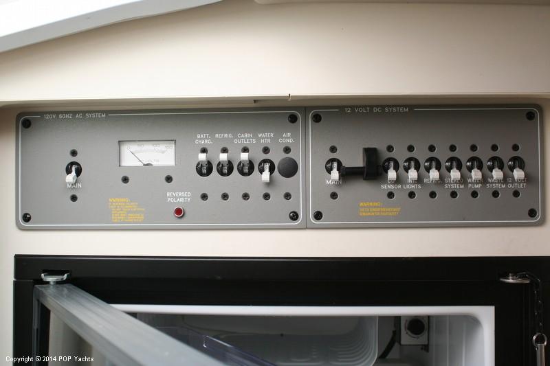 2003 Formula 330 SS - Photo #39