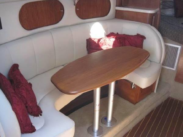 2007 Rinker 320 Express Cruiser - Photo #4