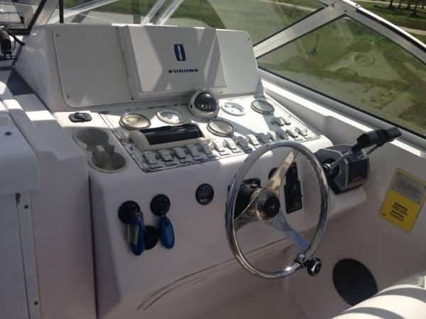 2001 Pro-Line 30 Walkaround - Photo #4