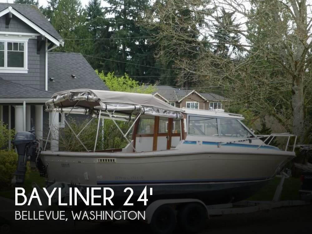 1983 Bayliner 2350 Offshore Cuddy - Photo #1