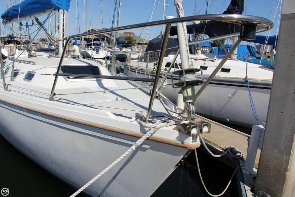 1988 Catalina 34 MK I - Photo #2