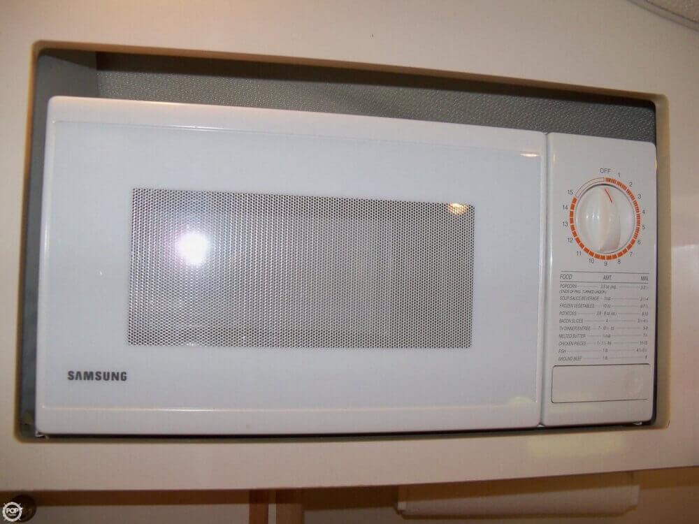 1999 Maxum 2400 SCR - Photo #28