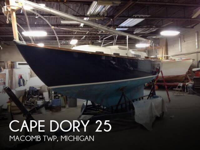 1976 Cape Dory 25 - Photo #1