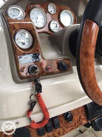 2003 Larson 234 Escape Deck Boat - Photo #18