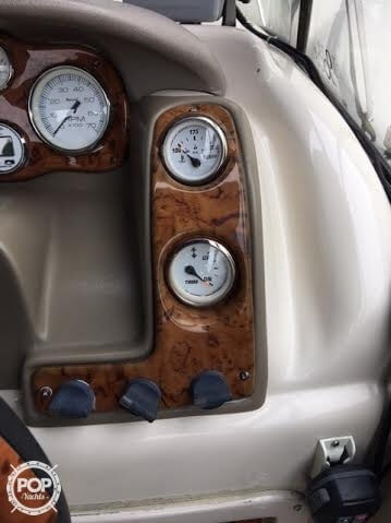 2003 Larson 234 Escape Deck Boat - Photo #19