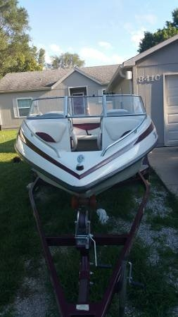 2003 Crownline 180 BR - Photo #4