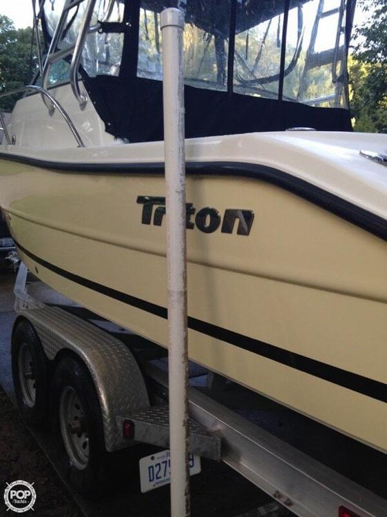 2008 Triton 225 WA - Photo #16