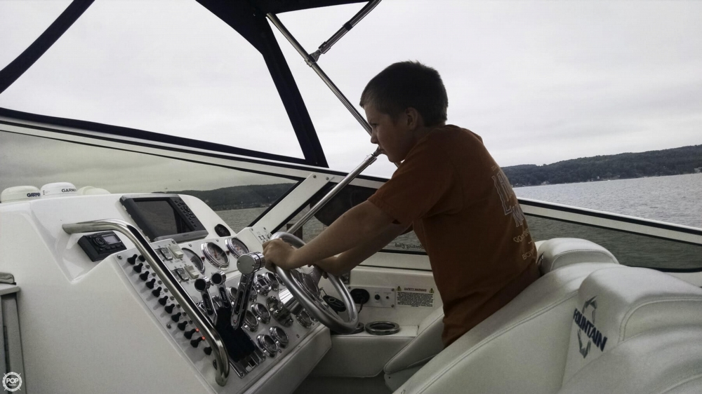 2008 Fountain 38 Express Cruiser - Photo #16