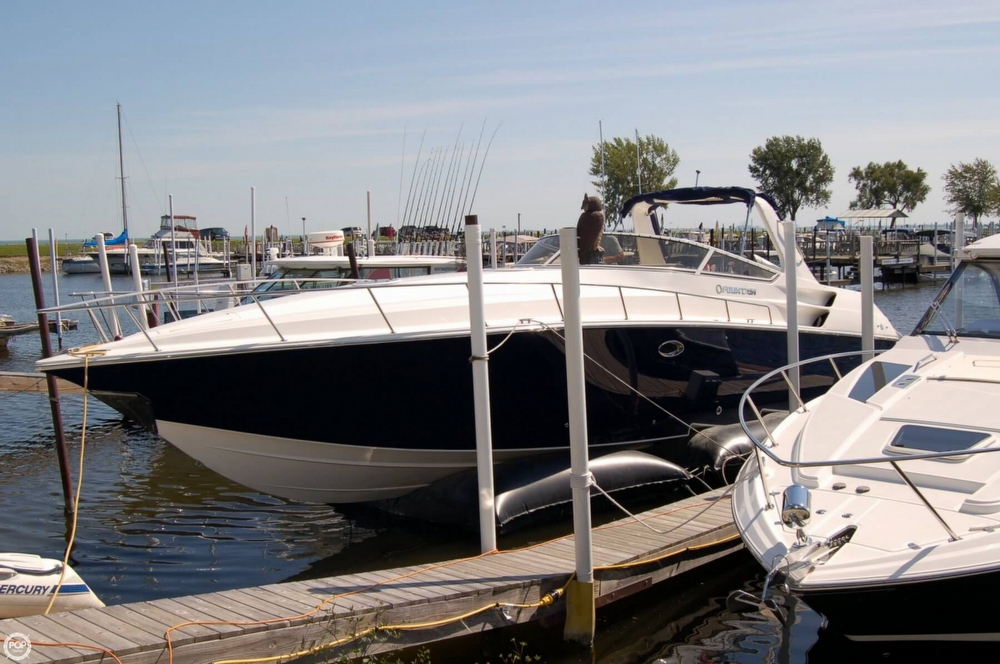 2008 Fountain 38 Express Cruiser - Photo #3