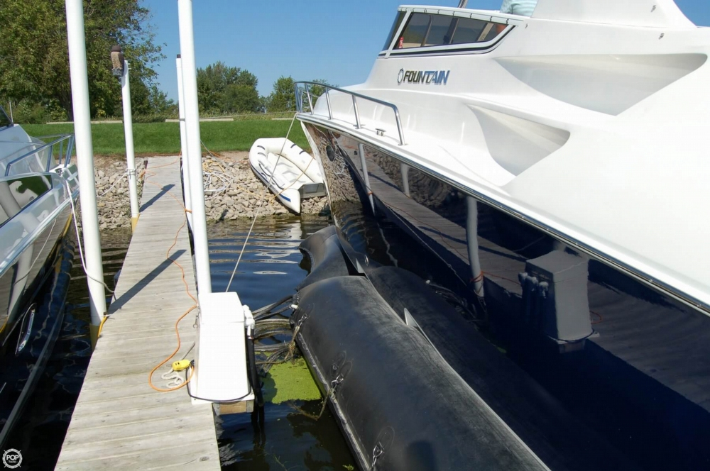 2008 Fountain 38 Express Cruiser - Photo #28