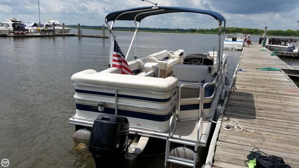 2009 Fisher Liberty 240 - Photo #3