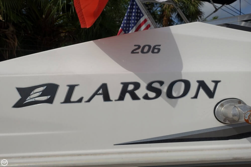 2005 Larson Senza 206 - Photo #12
